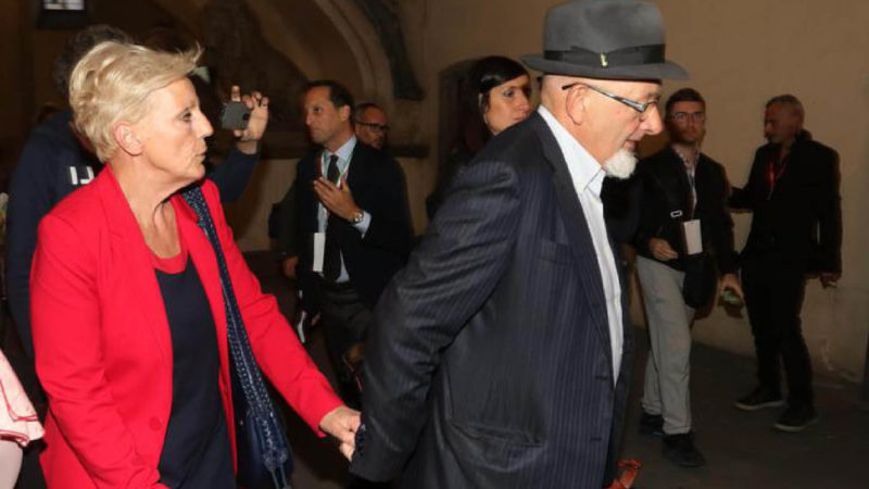 GENITORI DI RENZI CONDANNATI PER FATTURE FALSE. E l'avvocato Taormina deposita esposto-bomba sul caso Marmodiv
