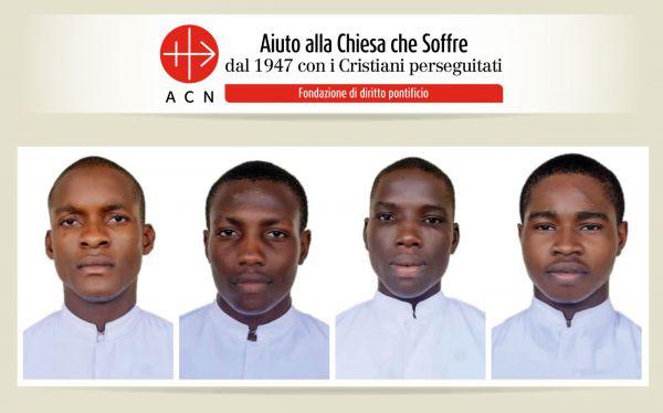 Altro sangue cristiano in Africa: jihadisti uccidono 3 insegnanti e rapiscono 4 seminaristi