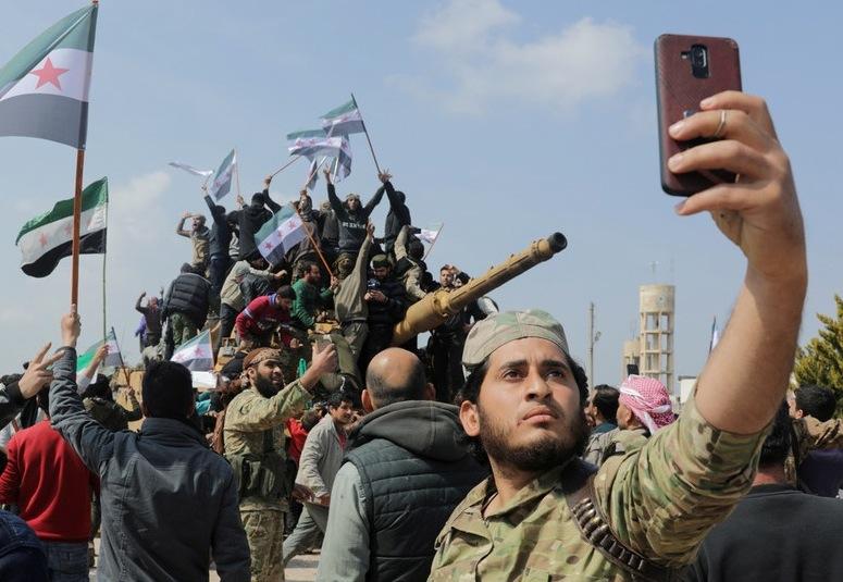 ALLARME DA MOSCA: Jihadisti Siriani inviati dalla Turchia contro i Cristiani Armeni in aiuto dell'Azerbaijan