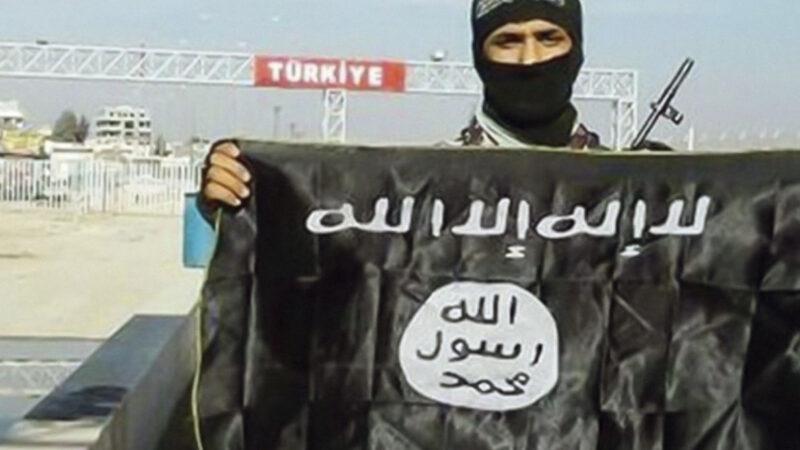 ARRESTATO TERRORISTA ISIS IN CAMPANIA, MA MIGLIAIA RESTANO LIBERI… Protetti da Turchia, NATO e USA in Siria, Libia e… Italia