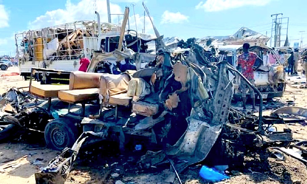 Jihadist demons spree: 11 Christians beheaded in Nigeria. Blast-massacre of students in Mogadishu: 90 dead
