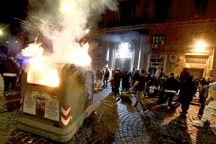 Riots in Naples for Covid-19 Curfew and Looming Lockdown in Italy. Call to Security & Military Briefings