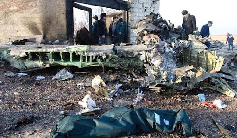 Strage Boeing 737 in Iran: colpito per sbaglio dai missili di Teheran