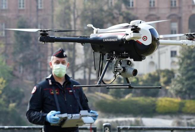 """""""DRONI FUCILATI IN SARDEGNA"""". Dalla Virale Fake-News alla Vera Riconquista dello Spazio Vitale"""